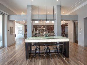 Kitchen & Dinning Room Laminate Flooring